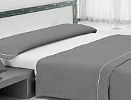 Juego de cama liso con vivo